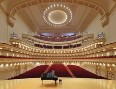 #Carnegie Hall. Stern Auditorium. If only I had listened to mom and practiced the violin more #VXTraveler #NewYork