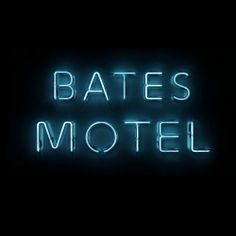 http://www.batesmotel.com/ 1st person POV moving through the motel; phone as flashlight (Flash)