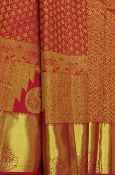 Shop more Handloom Kanjeevaram Saree at Luxurionworld. Silk Sarees With Price, Silk Sarees Online, Pure Silk Sarees, Indian Bridal Sarees, Bridal Silk Saree, Gold Silk Saree, Silk Saree Kanchipuram, Saree Collection, Beautiful Day