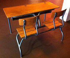 Bureau écolier - Becbunzen mobilier vintage & industriel