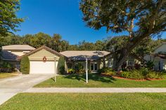 Gorgeously remodeled from top-to-bottom using high-end materials 3BR/2½BA bright & spacious pool home located on a large lot overlooking a preserve in a peaceful neighborhood just minutes from the beach. #floridahomes #interiordesign #realestate #homedesign #homedecor #luxuryhome #designideas #palmbeachcountyhomes #palmbeachcountyrealestate