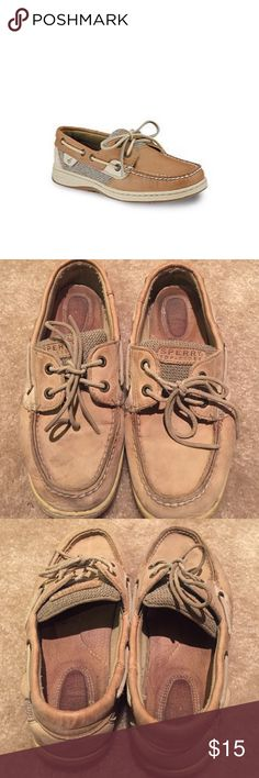 Sperry Topsider Bluefish boat shoes Worn and used Sperry topsider classic boatshoes. Super comfortable. Great quality shoe. Signs of wear evident but still lots of life left! Sperry Top-Sider Shoes Flats & Loafers