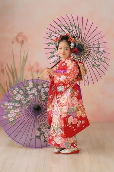 らかんスタジオ Laquanstudio 写真館 フォトスタジオ 七五三記念 七五三 753 Japanese Costume, Japanese Kimono, Japanese Kids, Cute Kids Photography, Costumes Around The World, Wedding Kimono, Kimono Outfit, Japan Photo, Costumes For Women