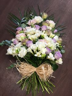 vintage funeral sheaf Church Flowers, Funeral Flowers, Funeral Flower Arrangements, Floral Arrangements, Rice Paper Decoupage, Funeral Tributes, Vintage Wedding Flowers, Hand Tied Bouquet, Heart Balloons