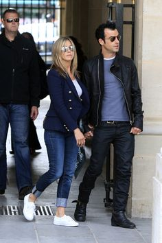 French romance! Jennifer Aniston and Justin Theroux hold hands in Paris