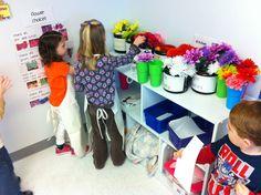 Teaching with Tera: Flower Shop Dramatic Play Dramatic Play Area, Dramatic Play Centers, Preschool Garden, Toddler Preschool, Preschool Ideas, Role Play Areas, Numbers Kindergarten, Play Centre, Pre School