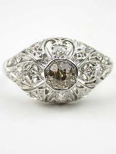 what a pretty vintage ring.