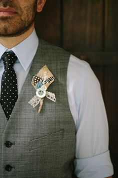 feather, burlap, and buttons boutonniere // photo by JoeKathrina.com