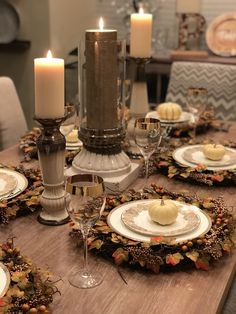 Thanksgiving Table Decor + 5 Easy Decorating Tips – Toast To Post Thanksgiving Table Settings, Thanksgiving Tablescapes, Thanksgiving Crafts, Thanksgiving Decorations, Table Decorations, Holiday Tablescape, Fall Crafts, Thanksgiving Traditions, Fall Table