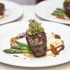 Springbok steaks- first steak i ever tried, i will be going back to south Africa, camps bay to theo's just for this How To Cook Venison, Cooking Venison, Asparagus Beans, Diced Potatoes, South African Recipes, Home Recipes, Grilling, Vanilla, Lunch