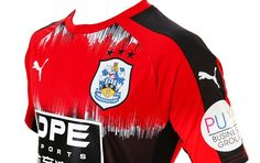 Huddersfield Town Unveil 1990s-Inspired 2017/18 PUMA Away Kit