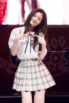 180505 부안 오복마실축제 #다이아 #DIA #정채연 #채연 @dia_official Kpop Girl Groups, Korean Girl Groups, Kpop Girls, Jung Chaeyeon, Airport Style, Pretty Face, South Korean Girls, Pretty People, Asian Beauty