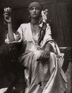 Photographic study for a bank note by Alphonse Mucha, 1919