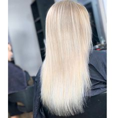 Leighann is feeling fresh, bright and blonde again✨after attempting to home box dye her hair leaving it feeling dull, dark and with unwanted karki tones🙅🏼♀️ Box Dye, Ash Blonde, Her Hair, Bright, Fresh, Long Hair Styles, Dark, Beauty, Color