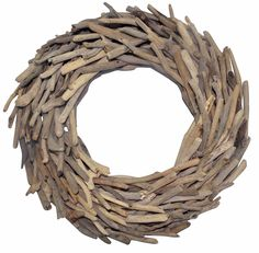 Christmas #HTFSTYLE. DECORATE. Driftwood Christmas wreath from hardtofind.com.au