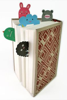 This is just brilliant. Love it. Cute bookmarks