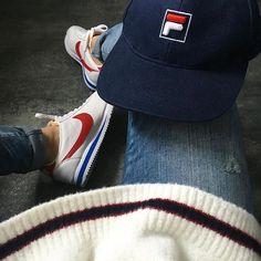 Baskets Cortez de Nike + caquette Fila