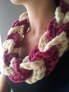 This Crochet Chain Link Scarf is made using Pam Perkins' pattern {Infinity Puzzle Bracelet}. By adding more/less links in different colours you can customize this scarf in a million different ways.