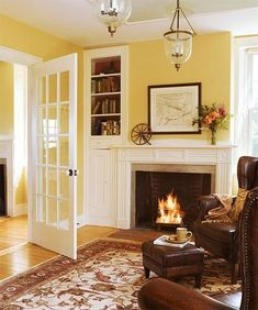Tips for a relaxed feel of Living Room design - Home Decoration Yellow Walls Living Room, Glam Living Room, Paint Colors For Living Room, New Living Room, Living Room Interior, Living Room Decor, Yellow Rooms, Dining Room, Country Style Living Room