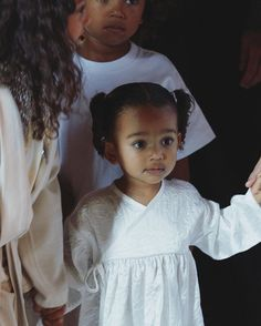 Image about chicago west in Baby by Baddie B on We Heart It Kim And Kourtney, Kim And Kanye, Kim Kardashian And Kanye, Kardashian Family, Kardashian Style, Kardashian Jenner, Close Up, Kim And North, Cute Baby Girl