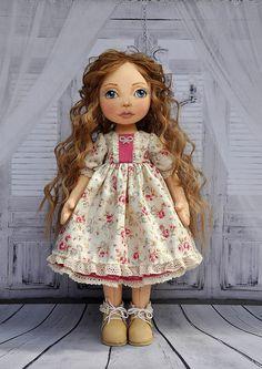 Hecha a mano muñeca muñeca de textiles muñeca decorativa