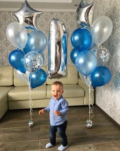 Baby Photoshoot Boy First Birthdays Balloons 15 Ideas For 2019 - Geburtstag Ideen Baby's First Birthday Gifts, First Birthday Balloons, Birthday Balloon Decorations, Baby Boy First Birthday, Man Birthday, First Birthdays, Happy Birthday, Baby Boy Balloons, Birthday Centerpieces