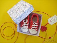 joana em banho maria: Para as sapatilhas vermelhas uma caixinha...