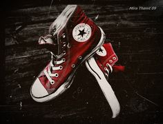 I've been called the girl with the red converses before :)