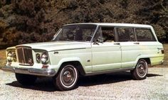 JEEP: A Brief History <> Jeep Wagoneer: 1963–1991 PART 1 <> In 1962 Jeep introduced the 1963 Wagoneer, the first luxury 4-wheel-drive SUV — also designed by Brooks Stevens. The Wagoneer combines passenger car styling and comfort with 4-wheel-drive capability; it was the first 4-wheel-drive vehicle to offer an automatic transmission and independent front suspension. © FCA US LLC