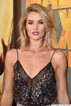Rosie Huntington-Whiteley Is A Vision At Mad Max: Fury Road Premiere