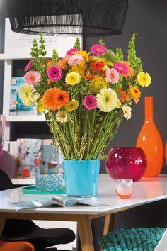Colourful gerberas in a blue vase #yellowgerberas #orangegerberas #inspiration #colouredbygerbera #dutchgerbera