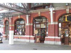 Store front of Hardys Original Sweetshop. 51 Windsor Royal Station, Windsor, Berkshire. SL4 1PJ