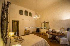 Bedroom of luxury home in Firenze, Italy