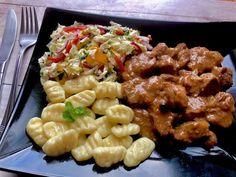 Gulasz wieprzowy z karkówki - Blog z apetytem Pork, Food And Drink, Chicken, Meat, Dinner, Ethnic Recipes, Blog, Sweets, Kitchens