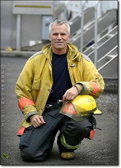"""Richard Dean Anderson: this is not from the Stargate episode """"Changeling"""" but from a shoot for a fire station charity cookbook."""