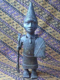Benin brons krijger