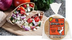 Ezekiel Whole Grain Pocket Bread is perfect for sandwiches or appetizers with hummus. You'll be hooked after one bite of these soft, healthy pita pockets. Healthy Pita Recipes, Raw Food Recipes, Bread Recipes, Lentil Flour, Barley Flour, Millet Flour, Vegan Bread, Bread Food, Greek Pita