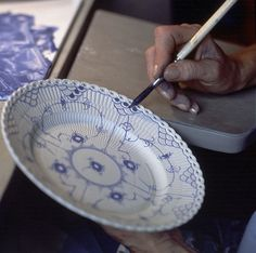 Painting Blue Fluted Full Lace