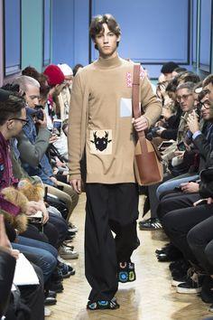 J.W.Anderson | Menswear - Autumn 2017 | Look 2