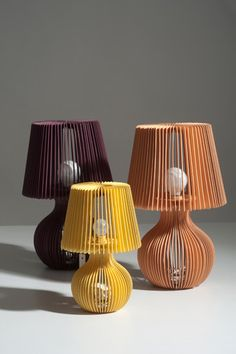 stripes kartonska stolna lampa nara ljuba zuja