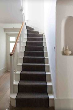 Best Dark Grey Carpet On Stairs Looks Good With White Treads And Same Colour As Tiles In Kitchen 400 x 300