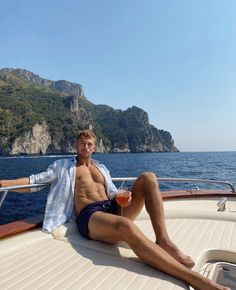 Male Feet, Attractive Men, Cute Guys, Physique, Sailor, How To Look Better, Spring Summer, Mens Fashion, Sexy