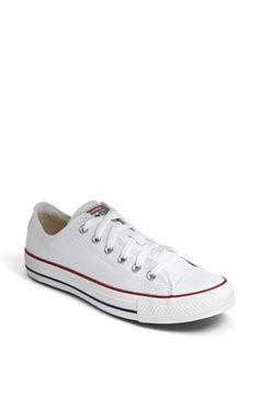 Women's Converse Chuck Taylor Low Sneaker