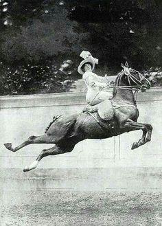 Side saddle skills! #KPHLTD #HorseHour #Equihour #Equestrian #Eventing #instahorses