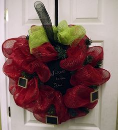 Apple Deco Mesh Wreath... Without the chalkboards for my friend Rachell