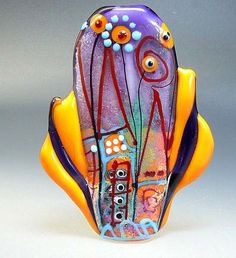 The glass bead artistry of lampworker Manuela Wutschke.