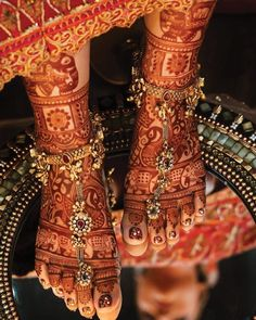 Foot Henna Designs Foot Henna Designs WittyVows wittyvows Mehendi Designs Photo via Orange The Salon Henna Designs Feet, Anklet Designs, Bridal Mehndi Designs, Tattoo Designs, Art Designs, Bridal Accessories, Bridal Jewelry, Bridal Bangles, Gold Jewelry