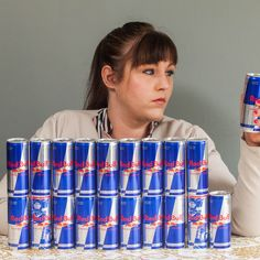 cameliapr: Mum addicted to Red Bull kicks 20 can a day habit ...