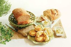 3 Recipes for Homemade Herbed Bread