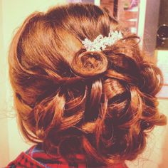 Prom updo Homecoming Updo, Prom Updo, Graduation Hairstyles, Prom Hairstyles, Updo Curls, Banquet Ideas, Hair Designs, Freeze, Funeral